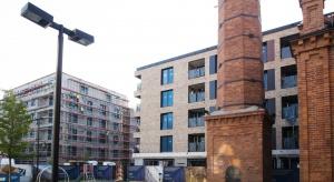 Biura i mieszkania Browaru Lubicz gotowe w 65 procentach