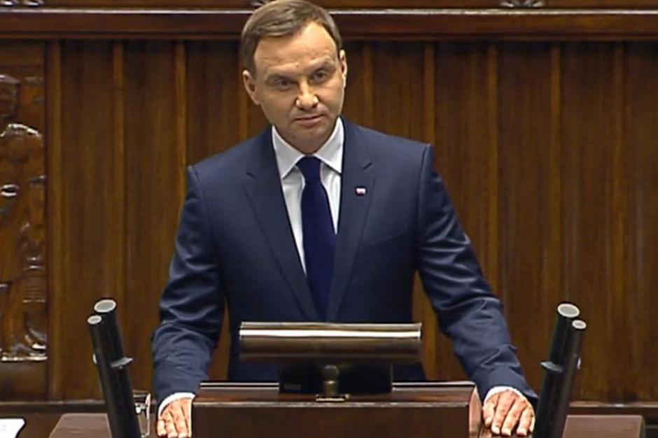Prezydent: wojewoda małopolski jest przygotowany, by realizować wypłatę 6000 zł w przypadku zalanych budynków (opis)