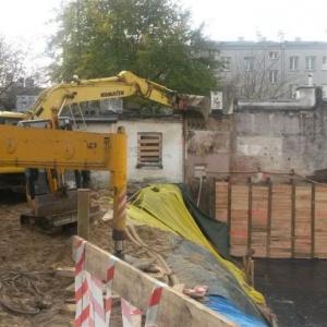 Grupa Invest wchodzi na plac budowy