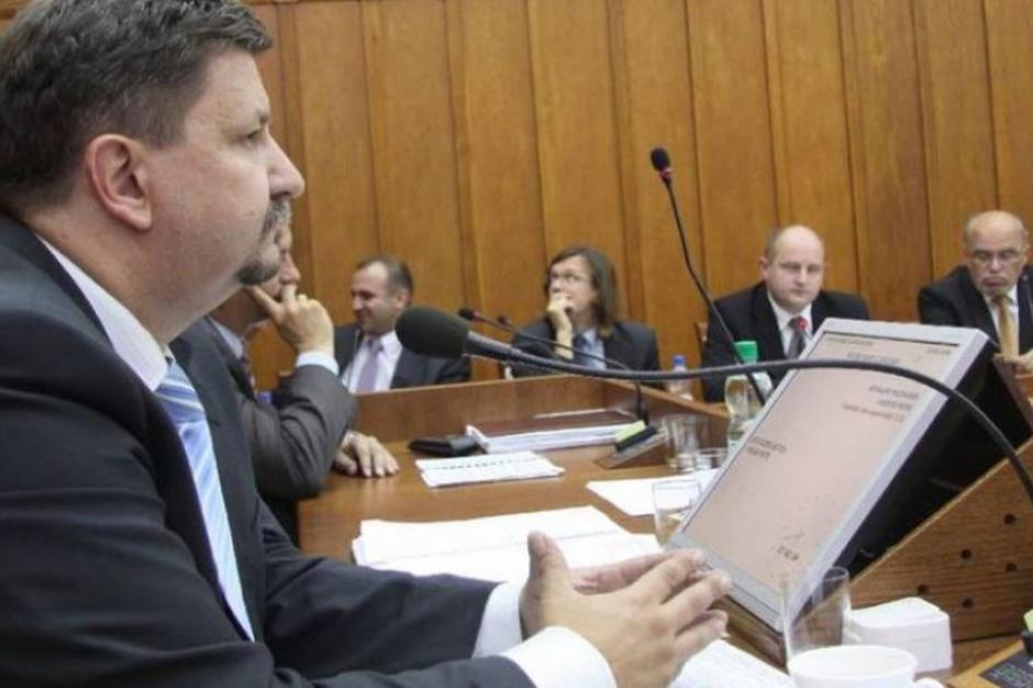 Grzegorz Schreiber szefem komisji infrastruktury