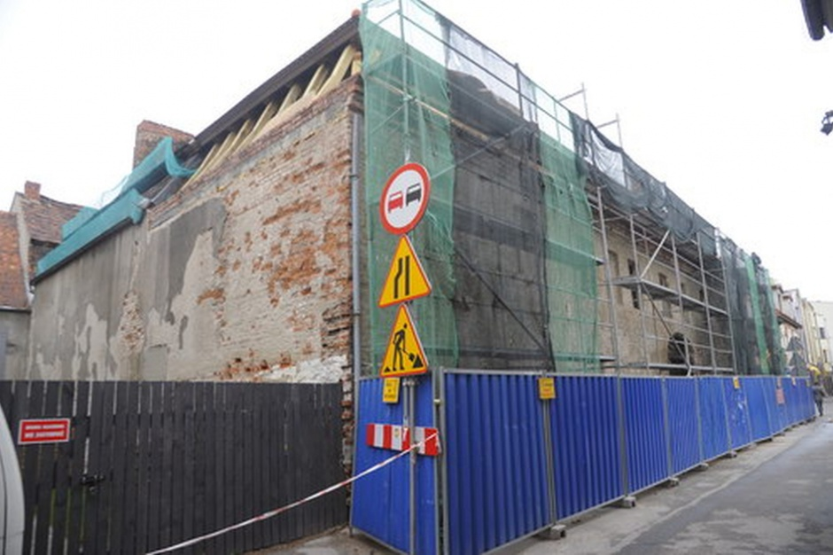 Bydgoszcz: Wspólnota mieszkaniowa remontuje dach