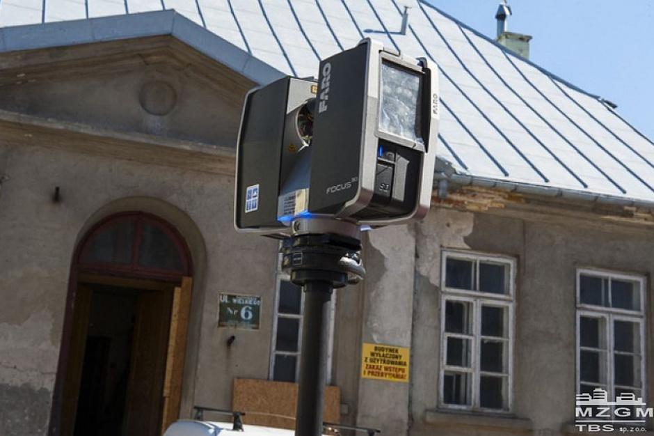 Kamienica w Płocku skanowana laserowo