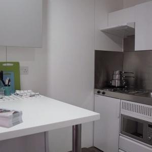 Londyn ma przenośne ikolorowe domy dlabezdomnych