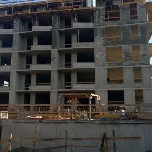 Apartamenty przy Bulwarze osiągnęły stan surowy