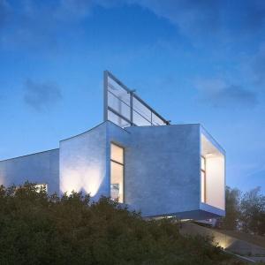 APA Zalewski Bubak: Rezydencja za ekranem akustycznym