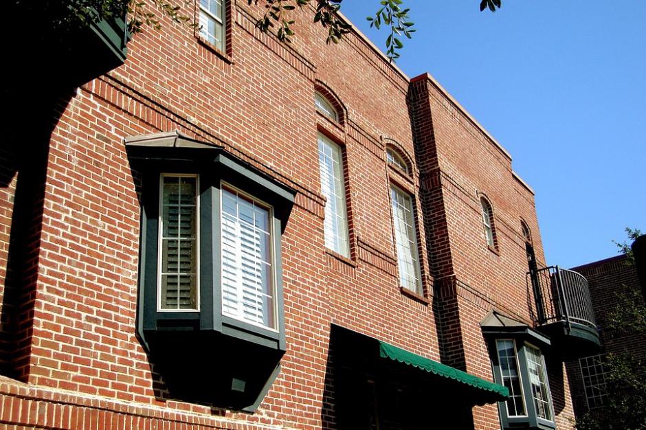 NBP: Stawki najmu mieszkań w dużych miastach idą w górę