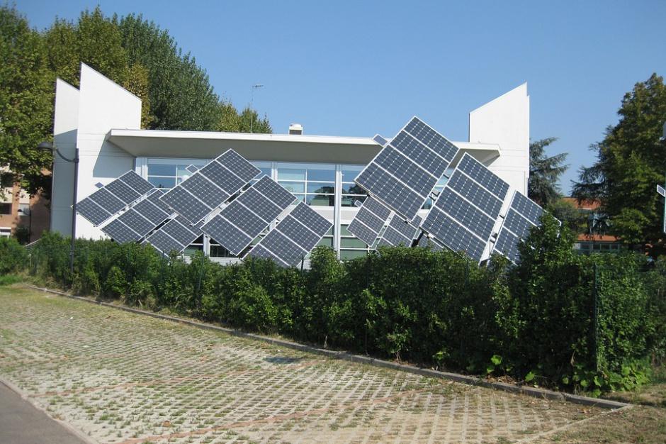 Polacy myślą o odnawialnych źródłach energii