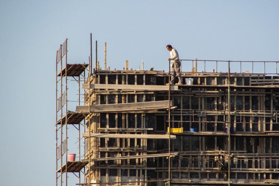Deloitte: Kondycja mieszkaniówki zależy od naszych dochodów
