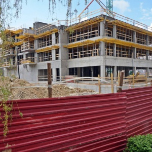 Nova Krańcowa: Budynki są coraz wyższe