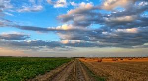 Prezydent podpisał ustawę o obrocie ziemią rolną