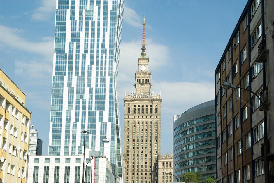 110 godzin na... czynsz. Warszawa jedną z najdroższych europejskich stolic