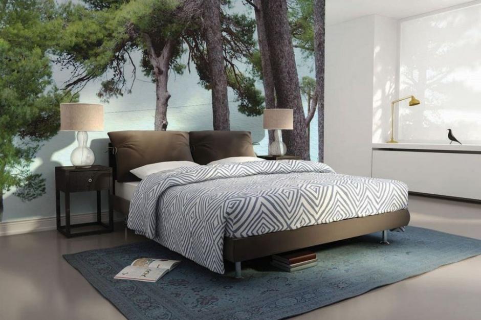 Jak urządzić ścianę za łóżkiem?