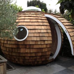 Domowe biuro z kosmicznym polotem
