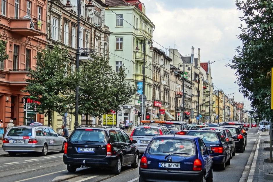 Gdańsk: domki i kontenery dla bezdomnych stanęły na Biskupiej Górce