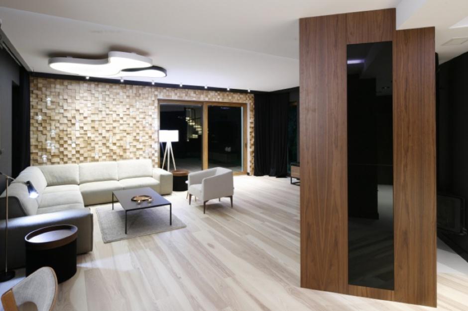 Pomysł na efektowną ścianę w salonie