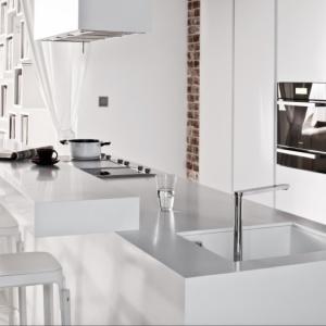 Zobacz pomysły na białą kuchnię