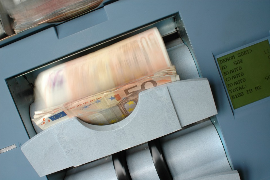 Bierzemy coraz mniejsze kredyty mieszkaniowe