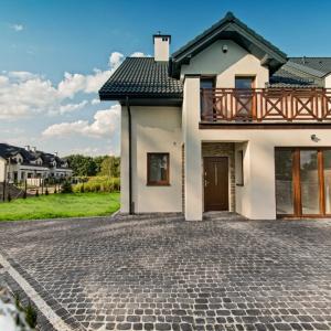 Osiedle Na Skraju Lasu to eleganckie domy pod Warszawą