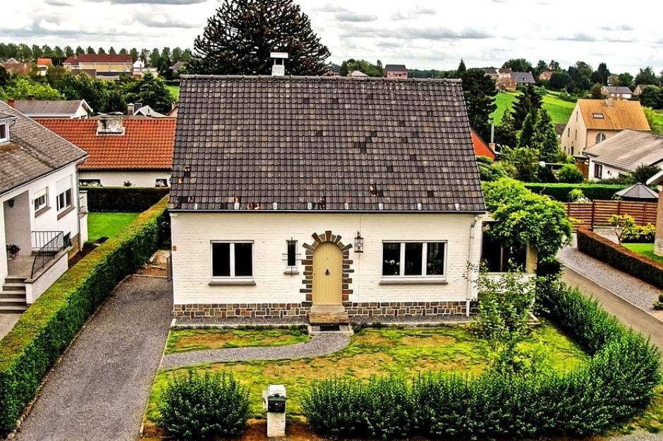 Małe domy popularne na rynku pierwotnym