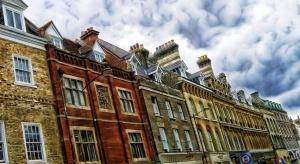 W Wielkiej Brytanii przybywa milionerów - dzięki nieruchomościom