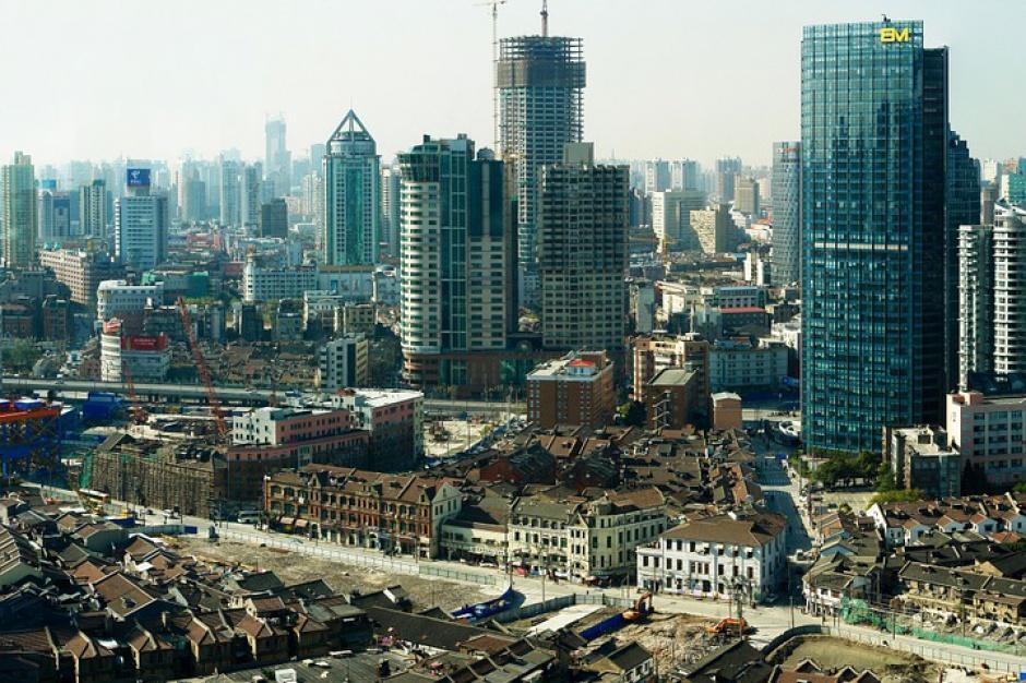 Chiny: mieszkańców wsi nad 800-metrowym urwiskiem przeniesiono do bloków