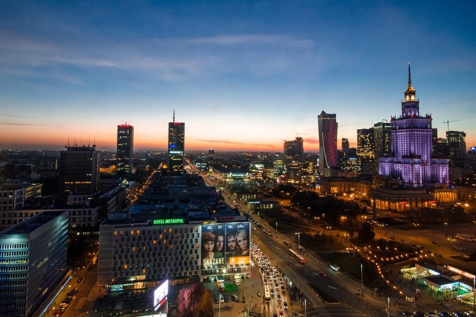 Których warszawskich dzielnic unikają nabywcy mieszkań?