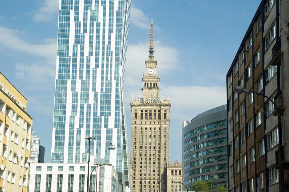Warszawa z alertem. W czerwonej strefie Sopot