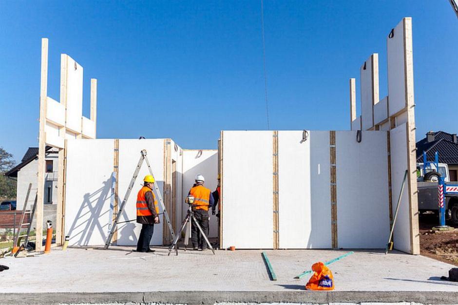 LS Tech-Homes czeka na nowy kontrakt