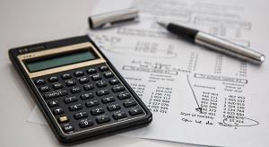Kluby parlamentarne pozytywnie o projekcie poszerzającym zwolnienie z podatku od spadków i darowizn