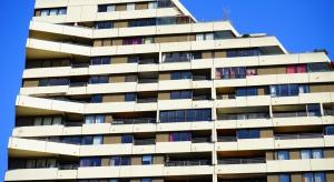 Obecnie buduje się 160-165 tys. mieszkań rocznie. Rząd chce, by było to co najmniej 300 tys.
