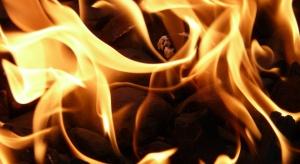 Krotoszyn: jedna osoba nie żyje a dwie, w tym policjant, doznali obrażeń w pożarze domu w Zdunach