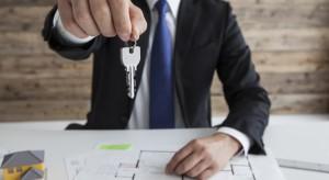 Z pośrednikiem czy bez. Jak kupić mieszkanie?