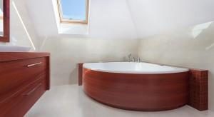 Przytulna łazienka w kolorach natury