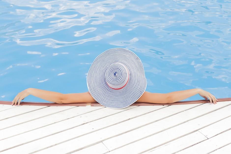 Niemcy: boom na baseny ogrodowe, hurtownie świecą pustkami
