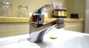 Senat chce na 2 lata usztywnić taryfy na dostarczanie wody mieszkańcom
