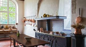 Dekory w kolorach złota i srebra - idealne do kuchni