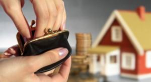 Badanie: Polacy bardziej zaniepokojeni swoją sytuacją finansową niż w czerwcu