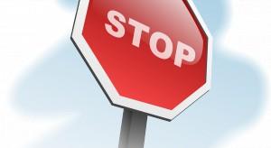 UOKiK ostrzega przed oszustami i ryzykiem utraty pieniędzy