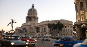 Kuba po przejściu Irmy: domy bez dachów, bulwary pod wodą, ale bez ofiar