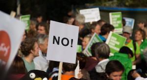 """""""Domy dla ludzi, nie dla zysku"""". Holendrzy protestują przeciwko brakowi mieszkań"""