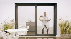 Inteligentny dom. Okna, drzwi i rolety sterowane głosowo