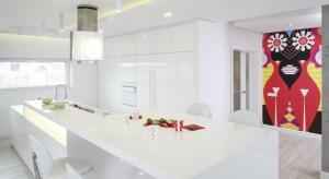 Nowoczesna kuchnia w bieli