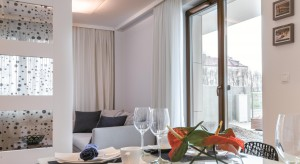 Idealny klimat we wnętrzach. Jakie wybrać okna?