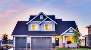 Brama garażowa – kolorystyka kontrastowa czy dopasowana?