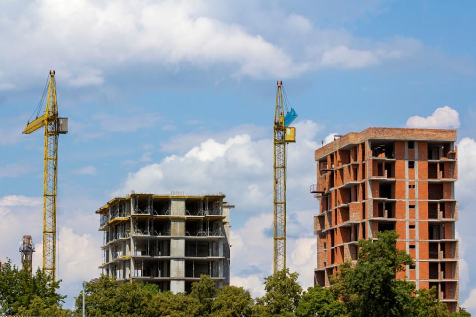 Bez ożywienia w gospodarce po wakacjach ceny mieszkań nadal mogą spadać