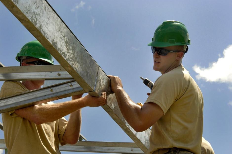 GUS: mniej wypadków śmiertelnych na budowach