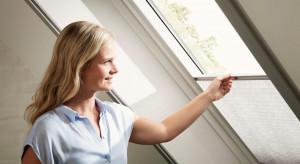 Ochrona przed owadami w domu – jak dopasować moskitierę do okna  na poddaszu?