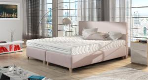 Styl Hampton - jak wprowadzić go do wnętrza małej sypialni?