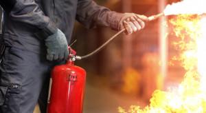 Pożar budynku wielorodzinnego w Bytomiu. Kilkanaście osób ewakuowanych