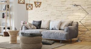 Podpowiadamy jak zaaranżować ścianę za kanapą